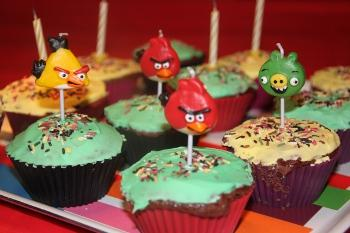 cupcapes-anniversaire-theme-enfant-angry-birds